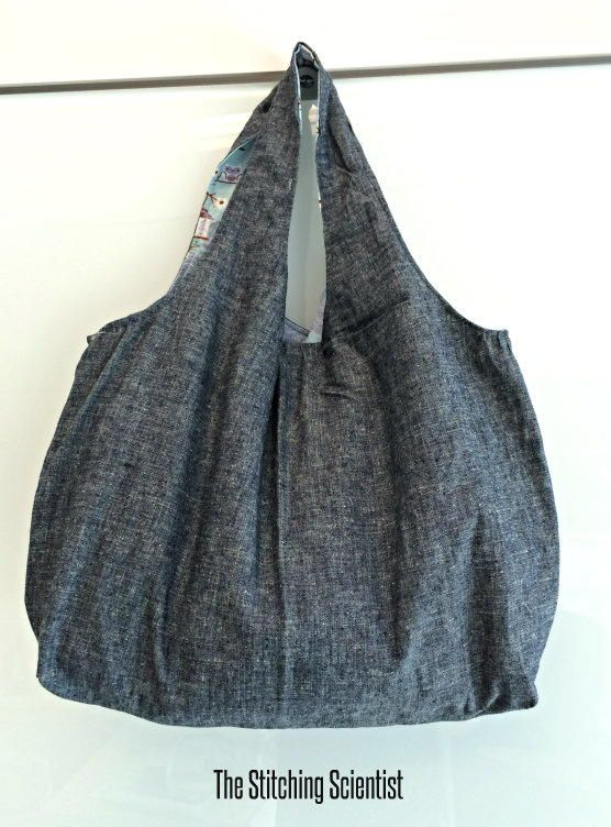 Remona's Reversible Tote Bag | This timeless free purse pattern is going to be your next go-to bag!