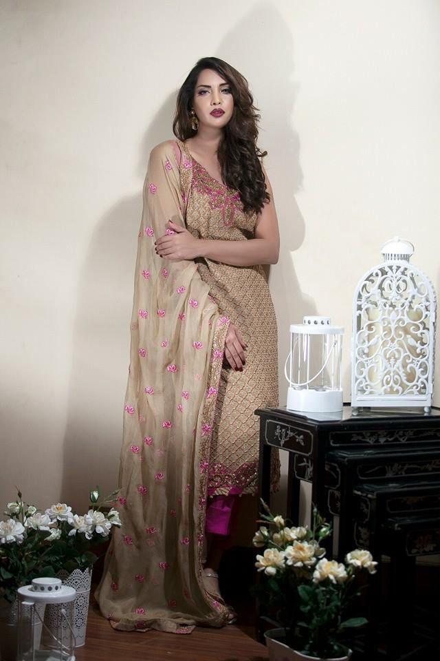Chiffon Bridal Clothing Line are the complete bridal party wear and other event dresses for the bride in chiffon fabric designed by Sifona for Pakistani women check designs below.