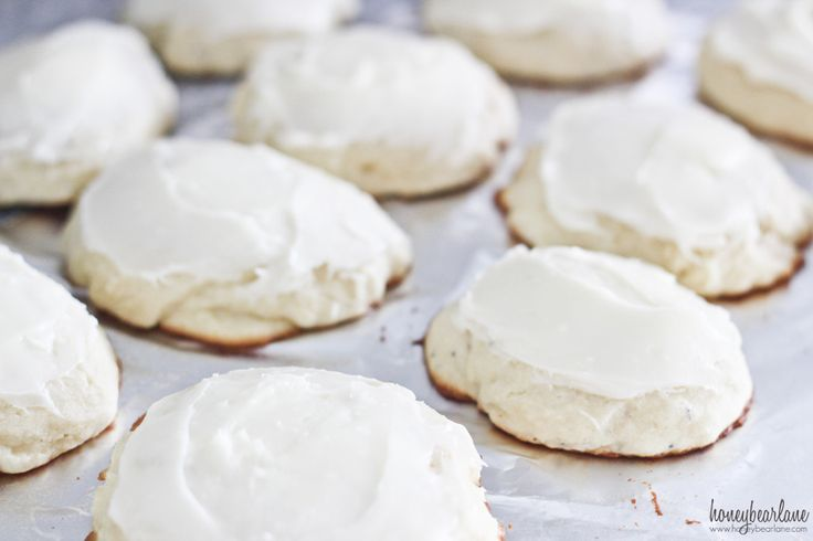 Ricotta Cheese Cookies - easy, soft, and delicious! on iheartnaptime.com