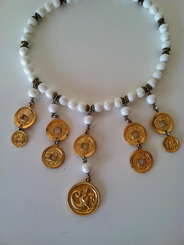 Vintage 1980s Asian bib necklace. $55.00, via Etsy.