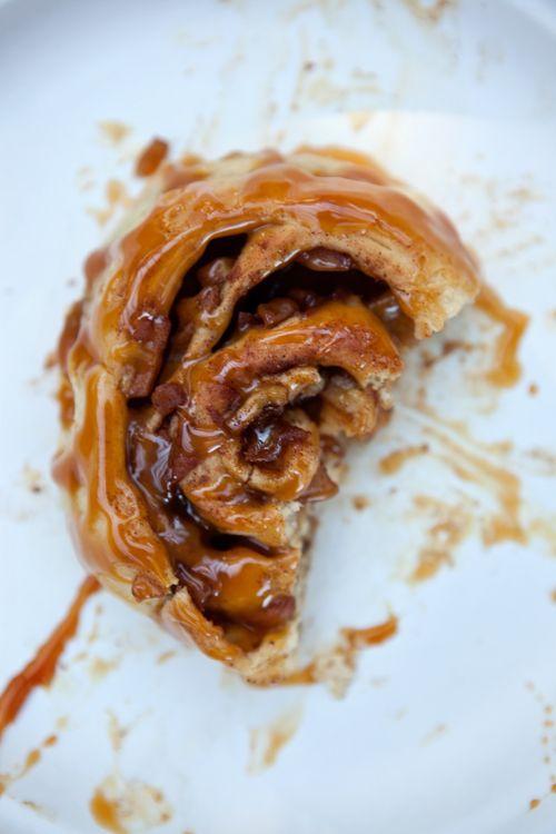 ~brioche apple cinnamon rolls - Possibly put filling in puff pastry? Will try ;)Rolls Breakfast, Apples Cinnamon Rolls, Brioches Apples Cinnamon Rol, Yummy Food, Puff Pastries, Apples Recipe, Brioches Rolls, Food Recipe, Cinnamon Brioches