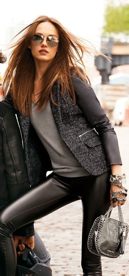 this is me all the way.  from the blazer to the leather skinnies, chunky silver bracelets to the aviators  :)