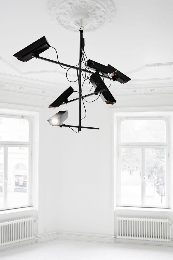 Humans since 1982, Surveillance Chandelier, 2011  © Humans since 1982, Photo : Tim Meier #mudac #safe