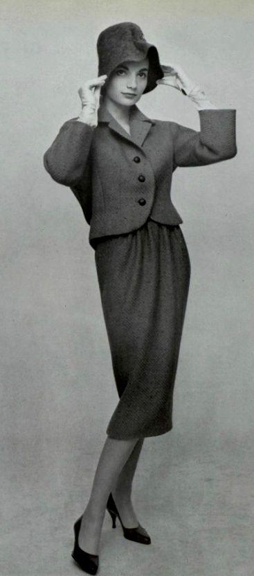 1957 Nina Ricci