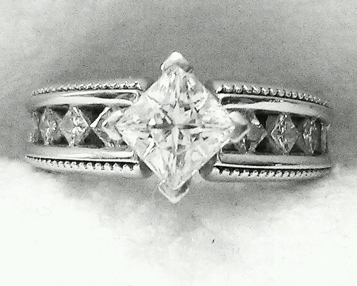 My Ring Love The Princess Cut Center Stone With A Kite