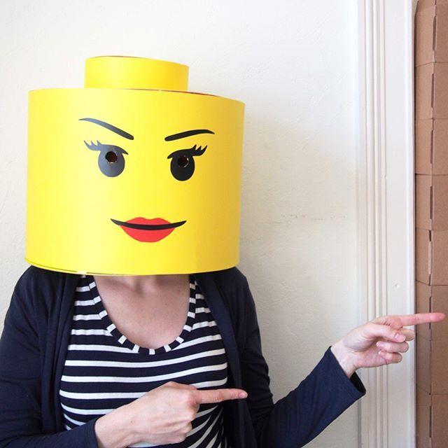 Les 25 meilleures id es de la cat gorie t te de lego sur pinterest artisanat de lego legos - Deguisement tete de lego ...