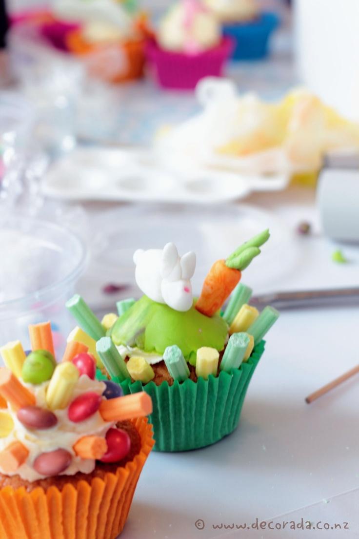 Cupcake decorating workshop at Moore Wilsons
