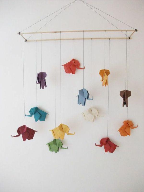 Papier baby mobilee elefanten