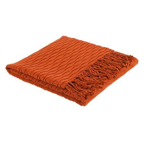 Geometric Folds Blanket - Blankets - Bedroom | Zara Home United Kingdom http://www.zarahome.com/gb/en/bedroom/blankets-c1089052p4277107.html