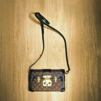 """Le sac """"Petite Malle"""" de Louis Vuitton - Marie Claire"""