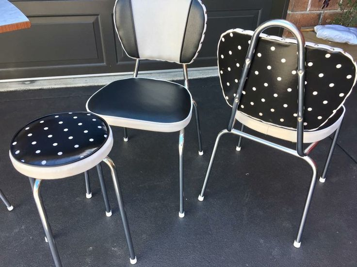 Retro chairs in oilcloth and vinyl