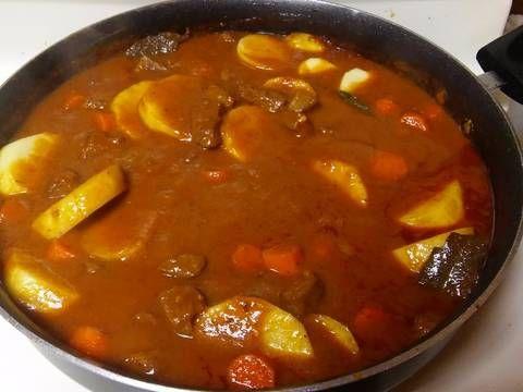 Fabulosa receta para Carne guisada. Es un platillo delicioso de Guatemala.  Es muy fácil de hacer y lo mejor d todo es q satisfacerá tu paladar!!!