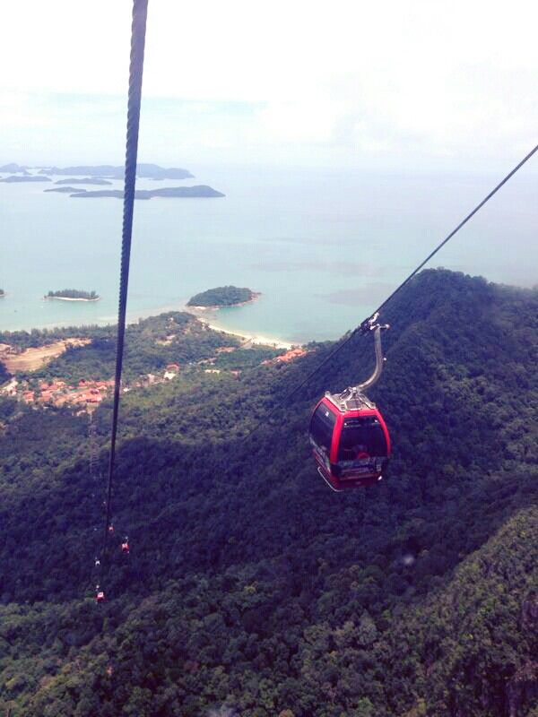Take a thrilling ride up one of the world's steepest ascend to the top of Mount Machinchang and enjoy breathtaking views of the Andaman Sea and Langkawi's many islands.