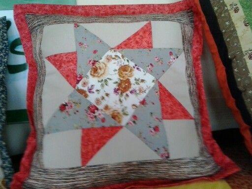 Coixí de patchwork. Lluïsa Martí