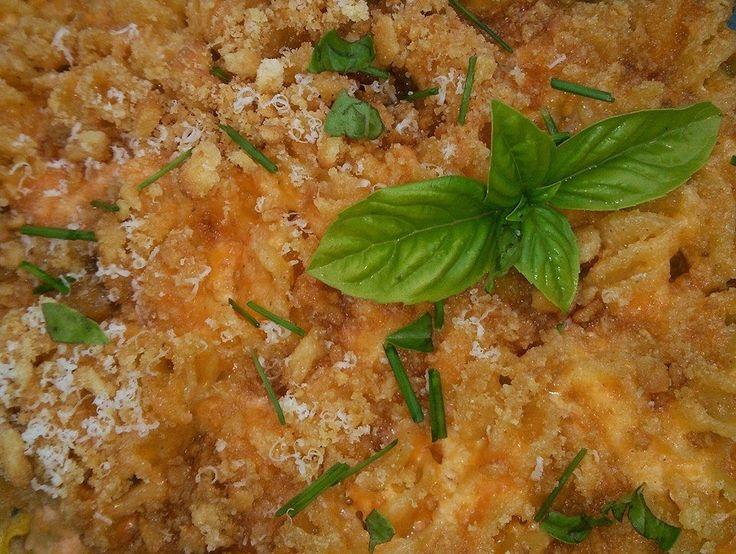 His Domesticated Culinarian: Mac n Cheese - okay, well, Rotini n Cheese