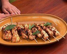 Μαρινάδα για σουβλάκια κοτόπουλο Χρόνος προετοιμασίας 10 λεπτά Χρόνος αναμονής 12 ώρες Για 1 κιλό κ...
