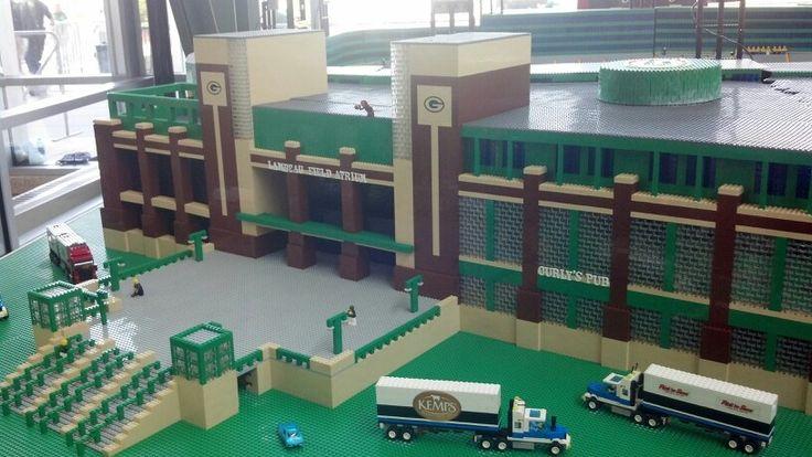 Packer stadium lego replica