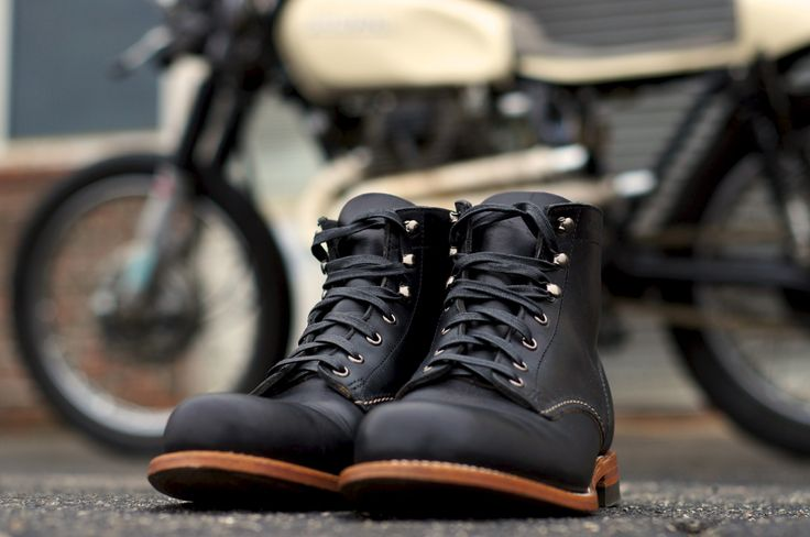 bobber motorcycle clothing style | 1973 CL360 Cafe Racer and Wolverine 1000 Mile Boots