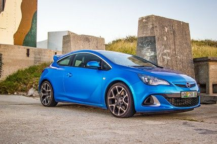 Opel Astra OPC reviewed