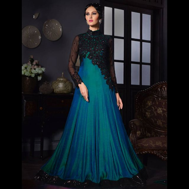 Glam Up Your Presence & Be The Center of Attraction In Every Party With Mirraw's Flowy Evening Gowns !! Price-USD 60 | Product id- 1840266 Worldwide Delivery  7 day return policy with 100% refund. DM or whatsapp on 91 8291100288  Follow us on @mirraw  #eveningparty #eveninggowns #flowygowns #centerofattraction #stunning #glam #glamorous #partygowns #partyready #salwar #anarkalis #mirrawgowns #mirrawlove #mirraw