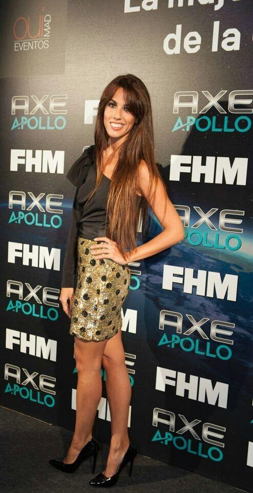 Andrea Gara de Colour Nude y zapatos LODI en la fiesta FHM.