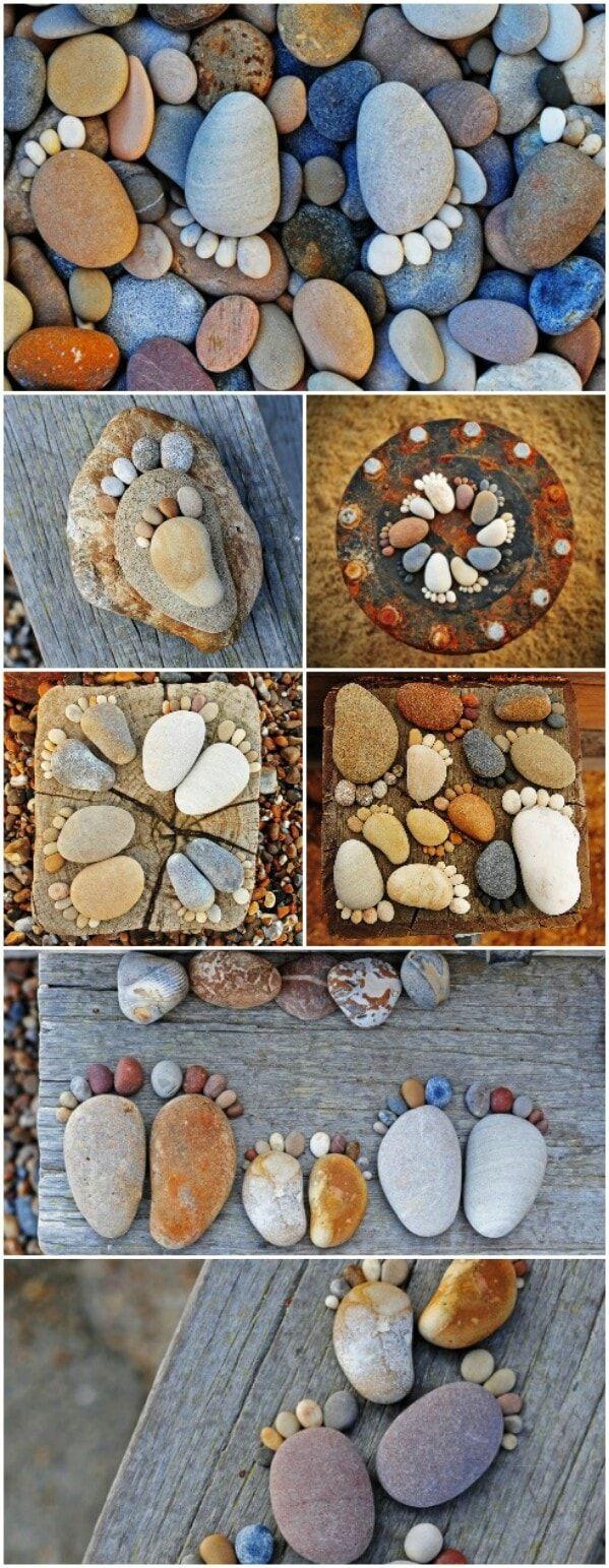 """Imaginez ces petites empreintes de pas adorables """"marchant"""" à travers votre jardin de fleurs. Choisissez simplement des pierres de taille appropriées, puis créez le pied et les orteils. Vous pouvez les peindre si vous préférez un peu plus de couleur."""
