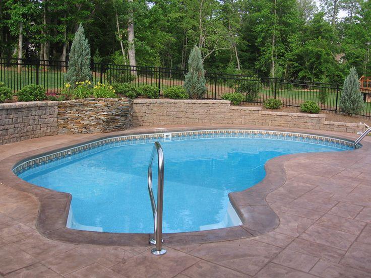 Best 25 pool retaining wall ideas on pinterest walk in for Walk in pool designs