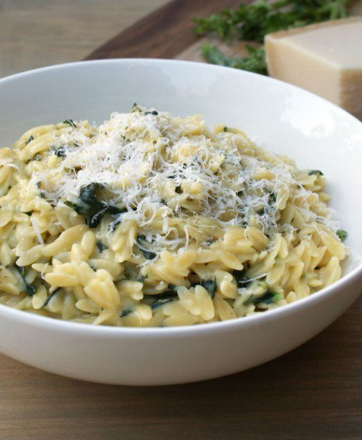 A great Risoni (orzo) recipe. Risoni with Spinach, Parmesan and Basil. A comforting easy supper that is great on it's own or as a tasty side dish.