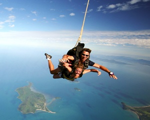 Skydiving Brisbane - Weekend Tandem Beach Jump 14,000ft