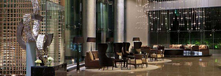Visit: http://www.oberoirealty.com/real-estate-projects-mumbai  Oberoi Realty is currently developing the best luxury properties in Mumbai. Discover brilliant residential and commercial projects in Mumbai.