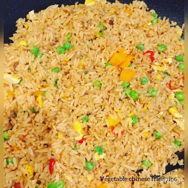 vegetable egg chinese fried rice 10 minutes and you are ready to eat the most delicious moist and tasty chinese fried rice you h fried rice delicious eat food vegetable egg chinese fried rice 10