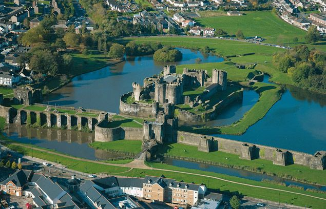 Caerphilly Castle We've got over 600 castles in Wales. That's more castles per square mile than any other country in the world. All over Wales you can visit castles where famous battles were fought with the Celts, the Romans, the Saxons and the Vikings.
