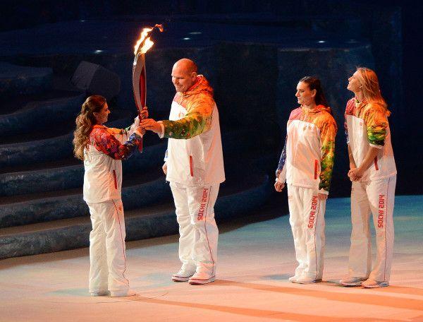 Olimpic games 2014 - Russia Sochi - Alina Kabaeva, Aleksandr Karelin, Elena Isinbaeva, Maria Sharapova - olympic flame