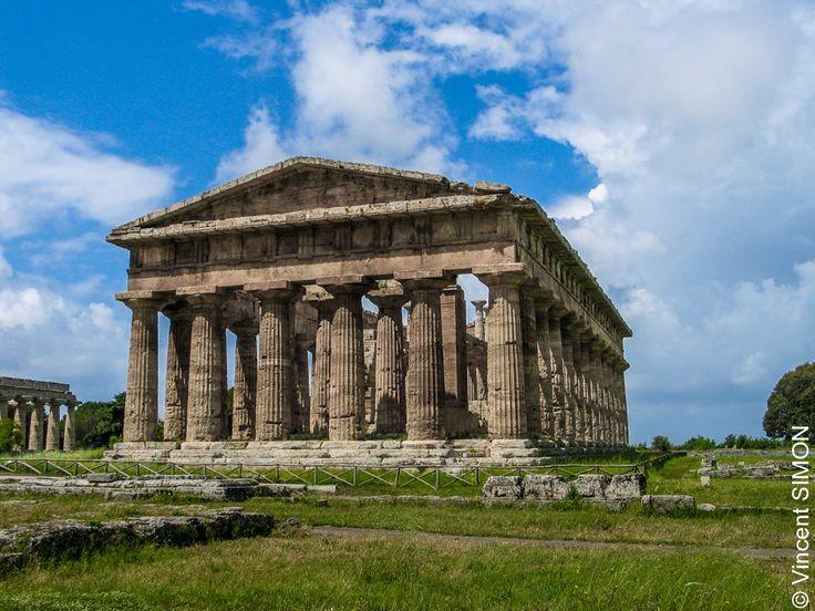 Temple de Poséidon à Paestum par Vincent Simon   Poséidon, Dieu des Mers.