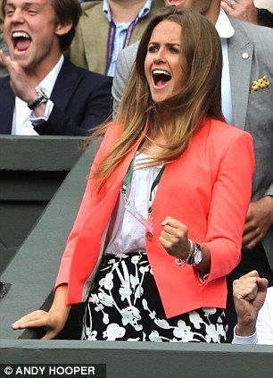 Andy Murray's girlfriend Kim Sears reacts to his win