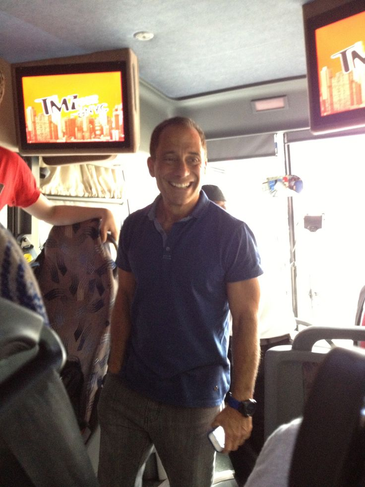 I went on the TMZ Tour NYC the other day and met Harvey Levin!!! It was so cool & no he didn't have a sippy cup!!!! LOL...