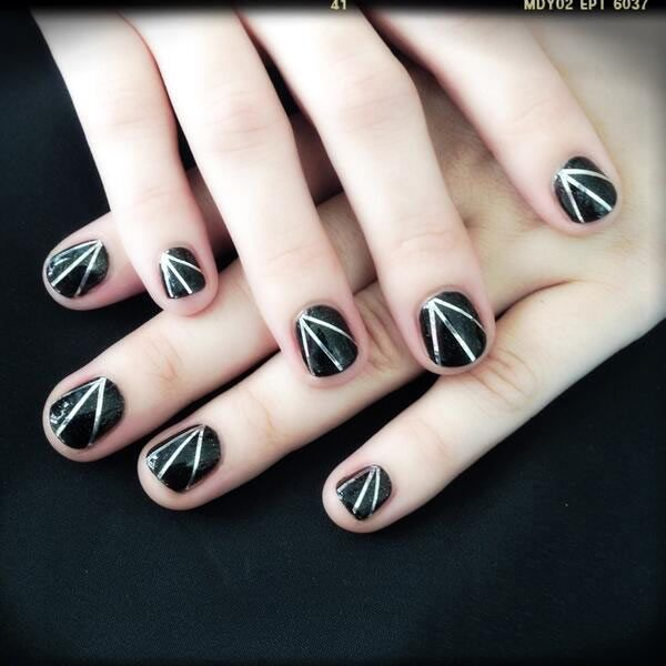 Demi Lovato's Rocker Nails -- Black and Silver Mani How To