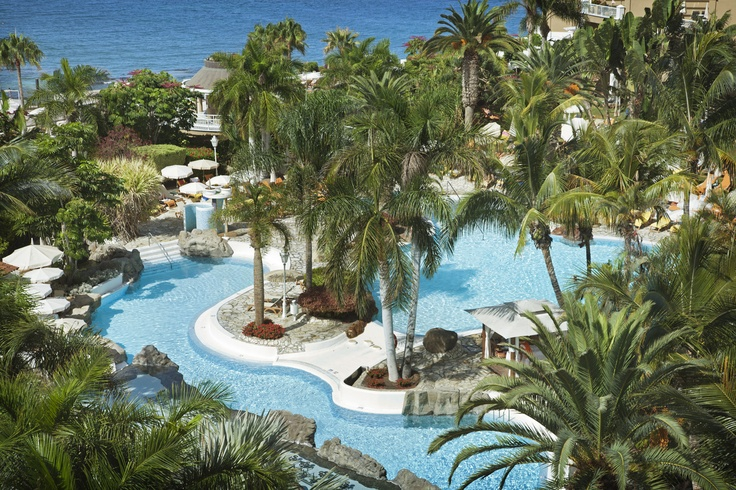 The pool area of the Hotel Jardines de Nivaria.
