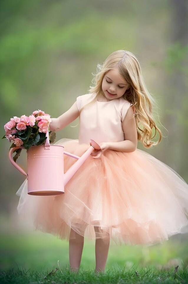 Beautiful flower girl !