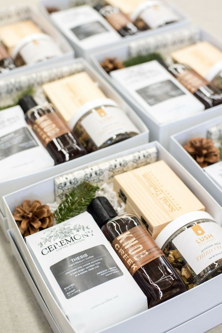 Best Corporate Gifts Ideas : CORPORATE HOLIDAY GIFT BOXES ...