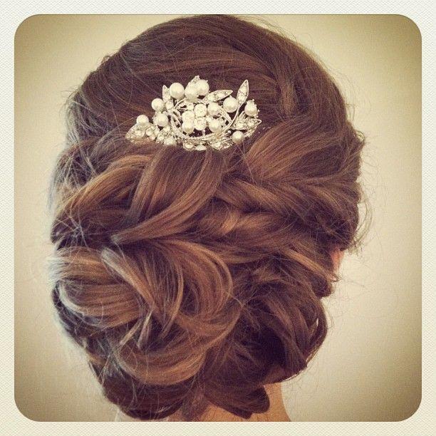 bridal hair updo low bun with jeweled comb #jamiewarzel