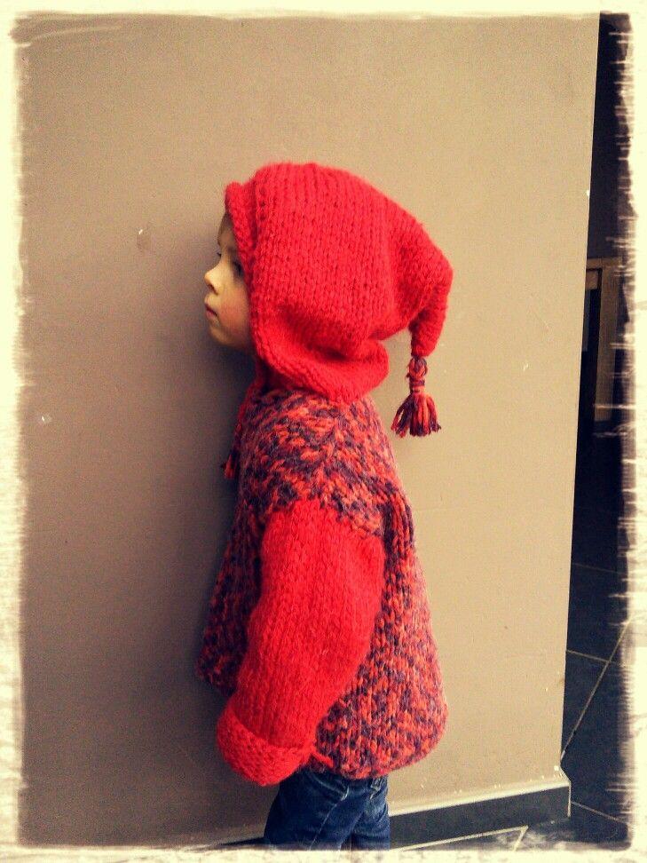 Pull en laine avec capuche de lutin