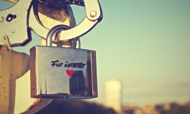 «Неправда, что любящий человек неможет вас покинуть»