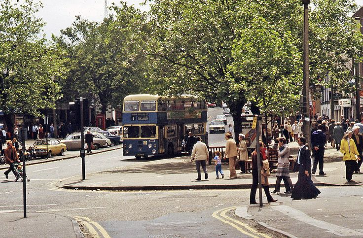 Rayleigh High Street and a number 1 bus on sunny day in summer'79!