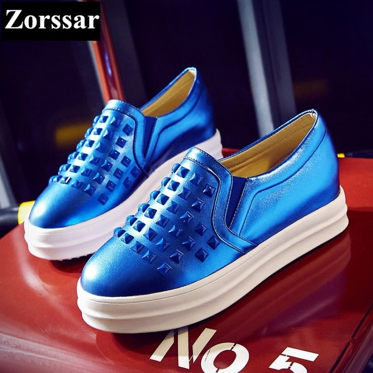 53.60$  Watch here - http://ali90o.shopchina.info/go.php?t=32809752350 - Zorssar Ladies flat leather shoes Women Creepers Shoes 2017 New Fashion Rivets Casual womens Slip On Flats platform loafers 53.60$ #buyininternet