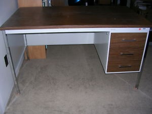 2 Desks For Sale - Corner desk with hutch (wood) and Wood/Metal - Calgary Furniture For Sale - Kijiji Calgary Canada.