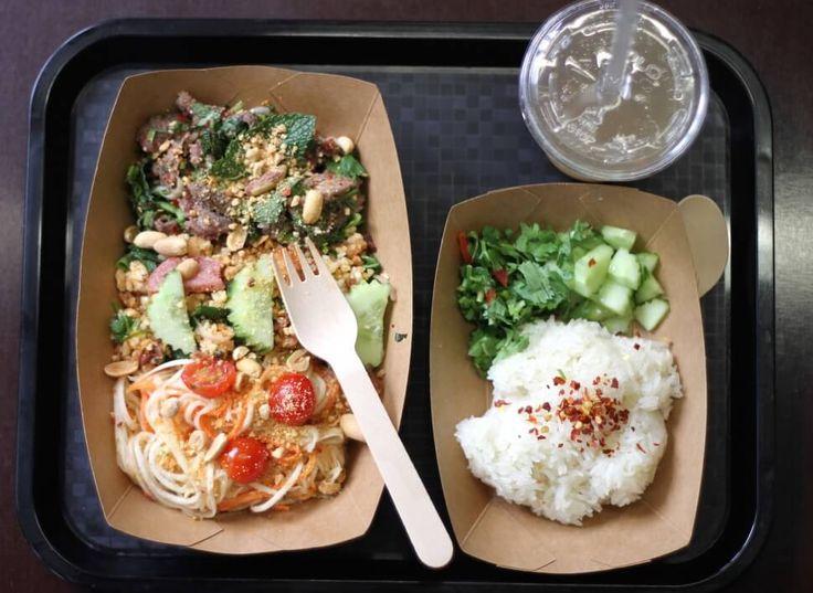 Découvrez ce tout nouveau resto dans lequel on mange pour 10 € au milieu d'une déco vraiment incroyable : elle reproduit carrément une rue de Bangkok ! Gare de l'Est