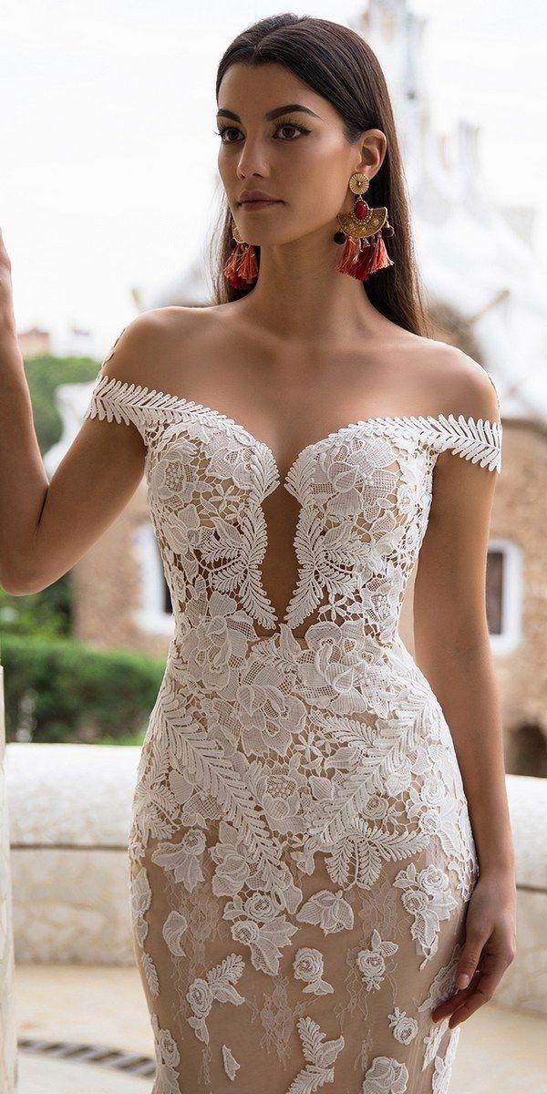 Milla Nova Bridal 2017 Wedding Dresses delicia / http://www.deerpearlflowers.com/milla-nova-2017-wedding-dresses/