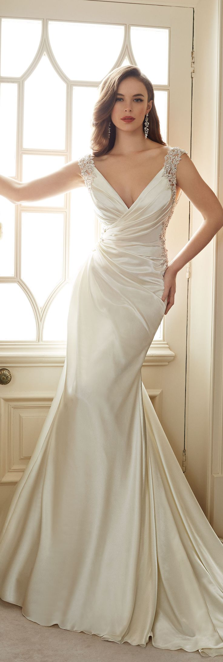 La sposa pandora wedding dress   best Wedding Dress Classic images on Pinterest  Wedding frocks