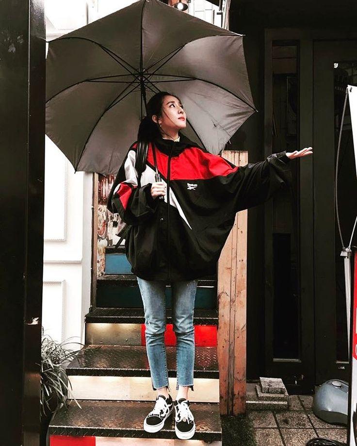 "203k Likes, 606 Comments - Sandara Park (@daraxxi) on Instagram: ""☔️"""